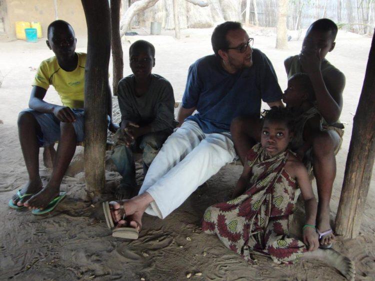 """Eduardo Roca: """"Las experiencias que he vivido en África me confirman que mi labor solidaria esta allí"""""""