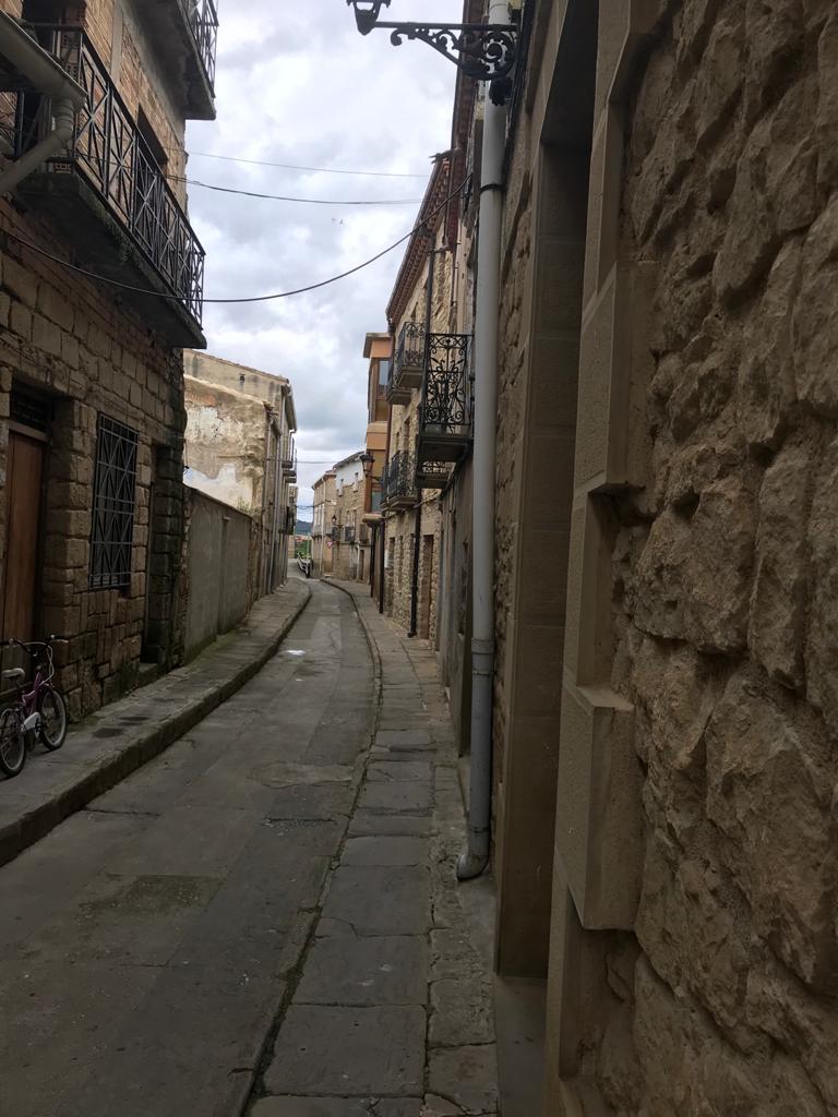 El 'escorredor' de Carcastillo, una de las calles más antiguas que conserva su apariencia.