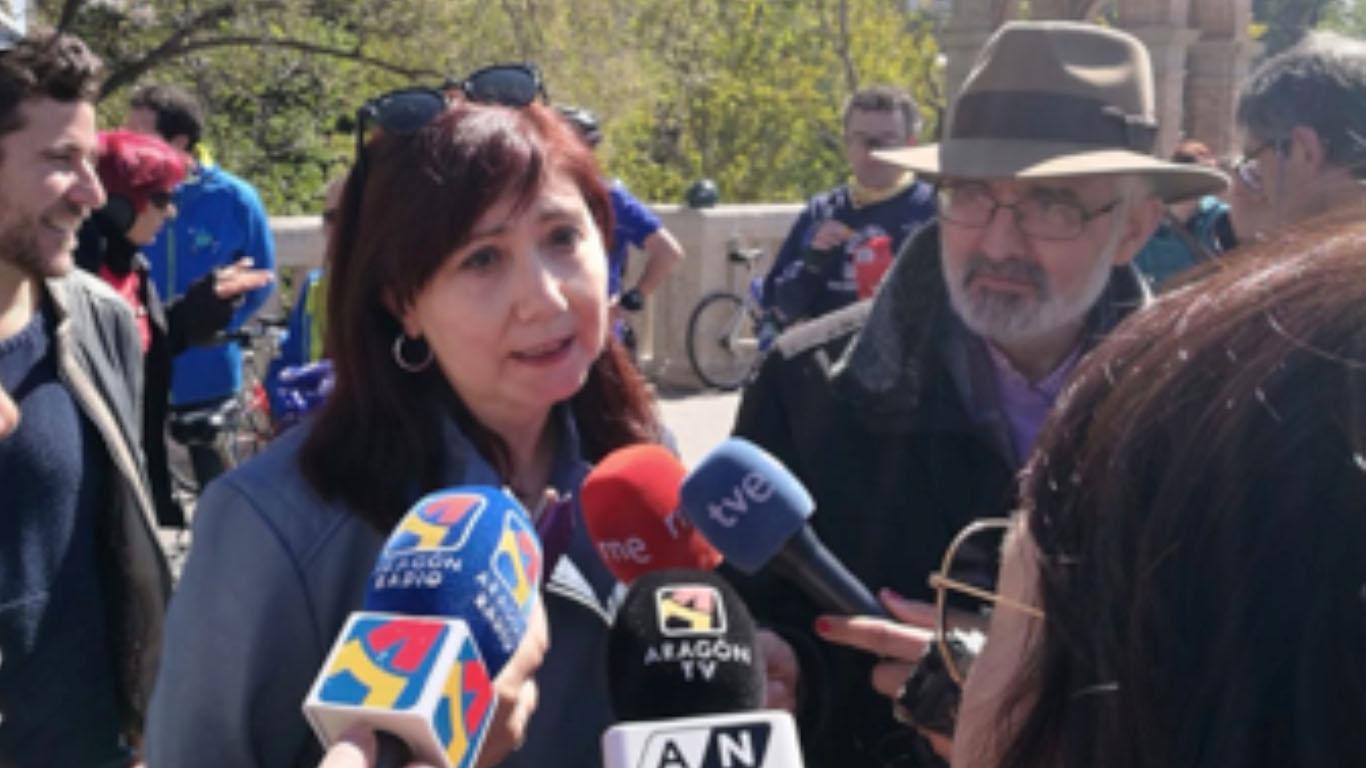 Varios medios de comunicación en un canutazo a un miembro de Unidas Podemos en Aragón